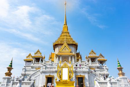 Traimit Temple at Bangkok, Thailand. Blue sky. 免版税图像