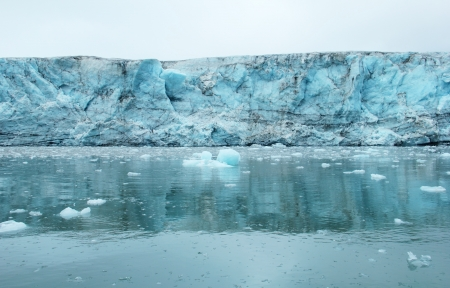 Esmark glacier, Spitsbergen  Svalbard  Stock Photo - 17711912