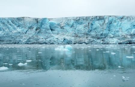 Esmark glacier, Spitsbergen  Svalbard Stock Photo - 17711912