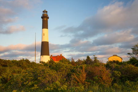 Gezien schilderachtige Fire Island Lighthouse in Long Island NY