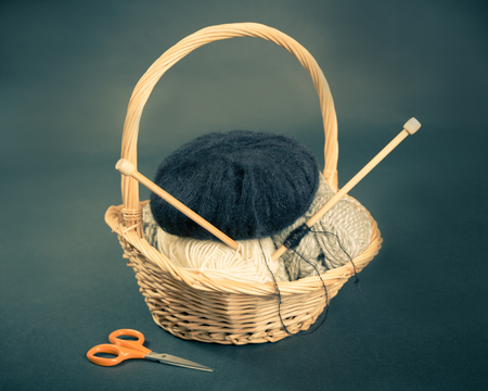 basket embroidery: Knitting basket with yarn and needles