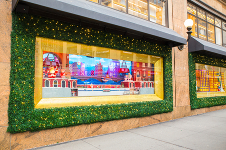 NEW YORK CITY - DECEMBER 17, 2017:  View of Macy's Department Store at Herald Square in Manhattan with holiday window displays Archivio Fotografico - 120228178