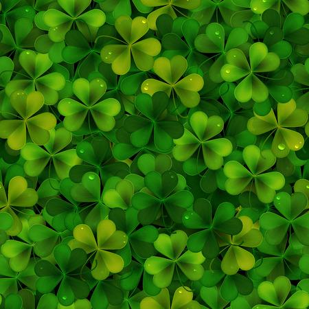shamrock seamless: Seamless pattern with green realistic Saint Patricks day shamrock leaves