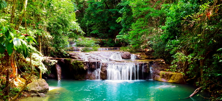 Beautiful panorama of Erawan waterfall  in nationnal park at kanchanaburi province, Thailand. 版權商用圖片
