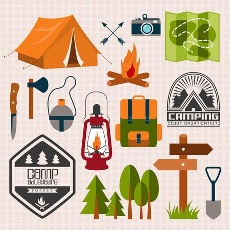 campamento: Conjunto de campamento de aventura. Icono del equipo situado en vector. Vectores