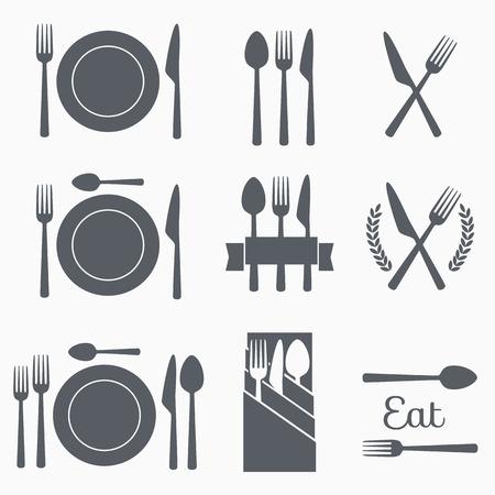 Ustaw sztućce ilustracji wektorowych ikon. Czarna sylwetka widelec, nóż, łyżka i płytki. Terminy tabeli. Menu Ilustracje wektorowe