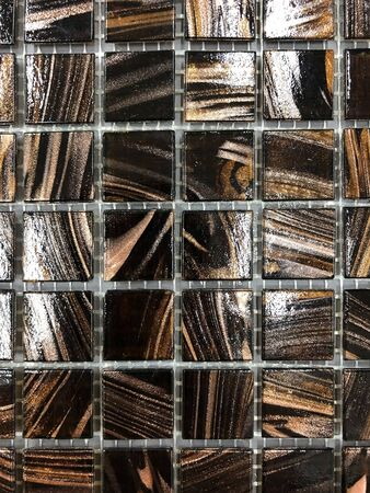 background, texture tile wall bronze-colored, multi-colored, mosaic Banque d'images