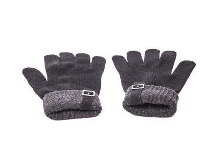 guantes de invierno de punto aislados en blanco