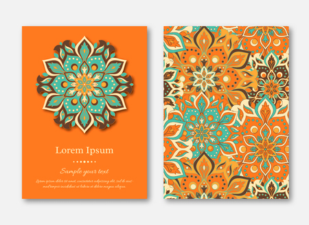 Set of cards, flyers, brochures, templates with hand drawn mandala pattern. Vintage oriental style. Indian, asian, arabic, islamic, ottoman motif. Vector illustration. Vettoriali