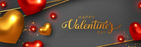 Happy Valentines Day banner. 3d metallic red and golden hearts with confetti, candles, decorative glitter strips. Handwritten lettering text. Vector. 版權商用圖片 - 136548858