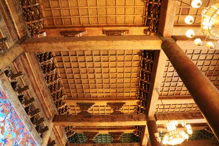 droplight: PECHINO - 22 DICEMBRE: La struttura e droplight decorazione di tetto in legno, nel Tempio Ancestrale ed Imperiale, 22 dicembre 2013, Pechino, Cina. Editoriali