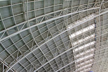 charpente m�tallique: Grande structure en acier fermes