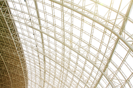 charpente m�tallique: Grande structure en treillis m�tallique, gros plan de photo Banque d'images