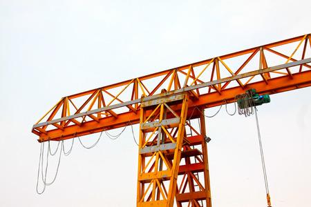 crane parts: Crane stents en el taller abierto, primer plano de la foto Foto de archivo