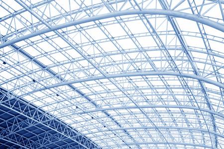 charpente m�tallique: Grande structure en treillis m�tallique, gros plan de la photo