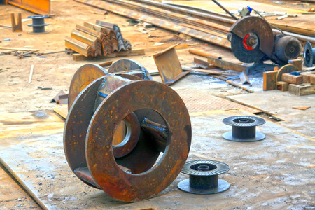 castings: Oxidation rusty metal parts, closeup of photo