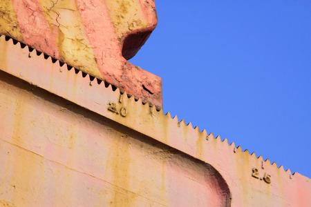 crank: escala de dientes en el bombeo haz polea unidad de manivela, primer plano de la foto