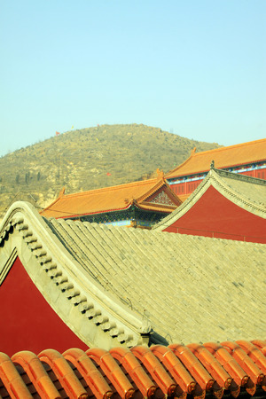 restore ancient ways: Chinese temple roof top rchitecture