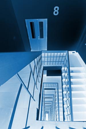landscape mode: Stairs down landscape