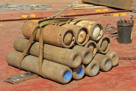 oxidize: oxidize oxygen cylinder Stock Photo