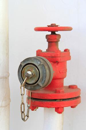 borne fontaine: bouche d'incendie, gros plan de photo Banque d'images