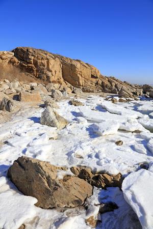 sea scenery: sea ice natural scenery in winter, closeup of photo