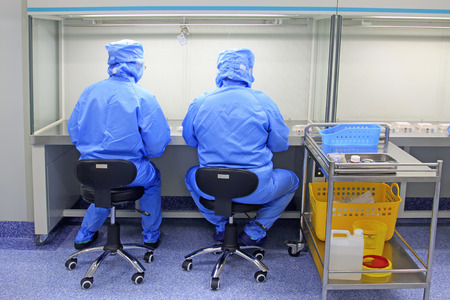 admixture: Pharmacy intravenous admixture dispensing center