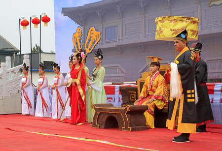 the magnificent: Luannan County - September 29: Ancient Chinese court life Show in the street, Luannan County, Hebei, China, September 29, 2015.