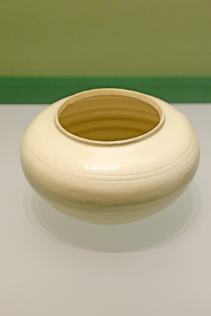 classics: Chinese ancient ceramic ware