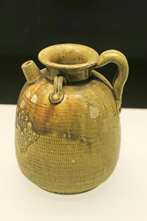 Chinese ancient ceramic ware