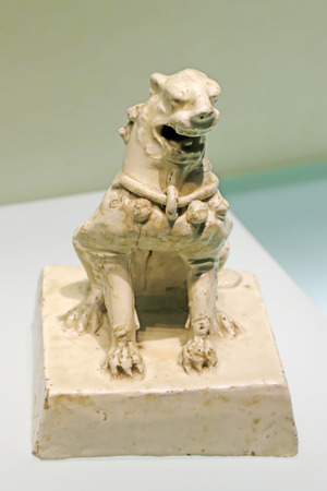Chinese ancient ceramic sculpture arts and crafts