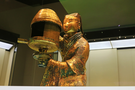 antiques: Chinese ancient bronze ware