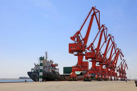 Portal crane and Cargo ship