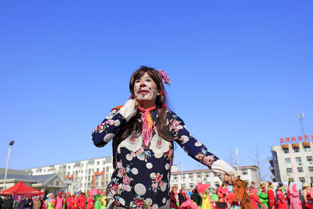 Luannan County - February 24, 2018: Yangge Dance Performance on the square, Luannan County, Hebei Province, China. 写真素材 - 118179901