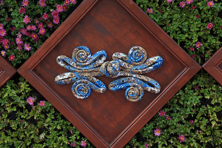 traditional Chinese buckles shape of the decorative landscape