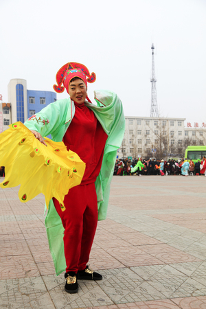 Luannan County - February 27, 2018: Yangge Dance Performance on the square, Luannan County, Hebei Province, China. 写真素材 - 119172112
