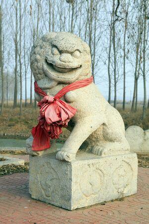 Ancient Chinese stone lion sculpture Stok Fotoğraf