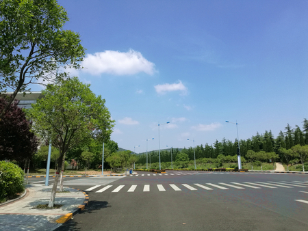 Road intersection
