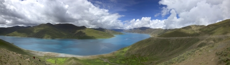 China Tibet Yangzhuoyongcuo lakes photo