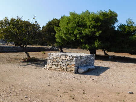 The reconstructed altar of the ancient temple of Nemesis, in Rhamnous, Attica, Greece Imagens
