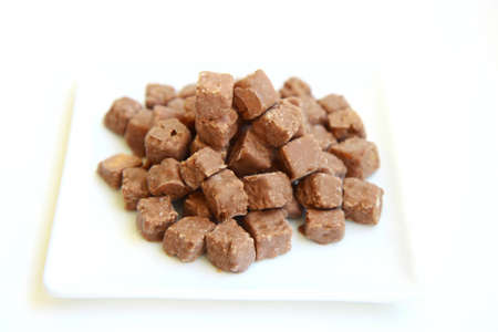 croutons: Chocolate and hazelnut coated croutons