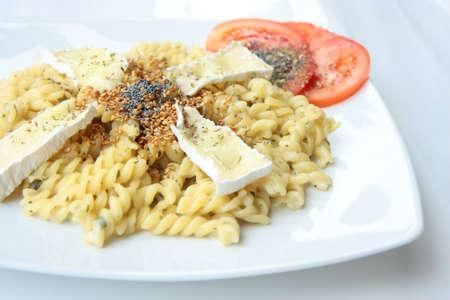 fusilli: Cheese with fusilli