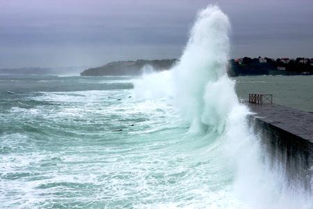 Big waves-France
