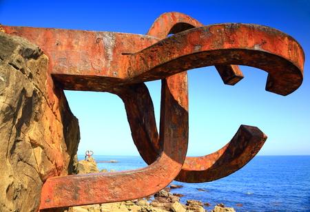 spring tide: The comb-San Sebastian