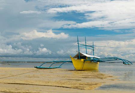 yellow canoe-sipalay