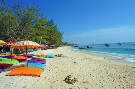 ギリ ・ トラワンガンの砂のビーチ 写真素材