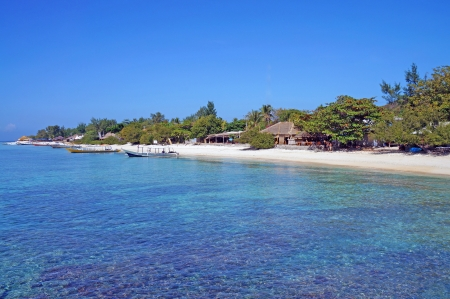 Clean and turquoise water in Gili photo