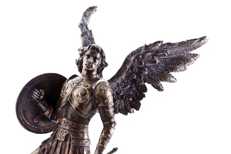 michele: San Michele statua isolato su bianco Archivio Fotografico