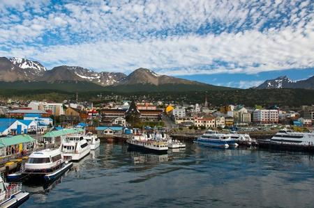 Bateaux remplissage le port � Ushuaia, la ville la plus au sud dans le monde. Banque d'images