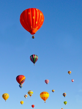 hot air balloons: Hot Air Balloons. Balloons start a race at the Albuquerque Balloon Festival, New Mexico